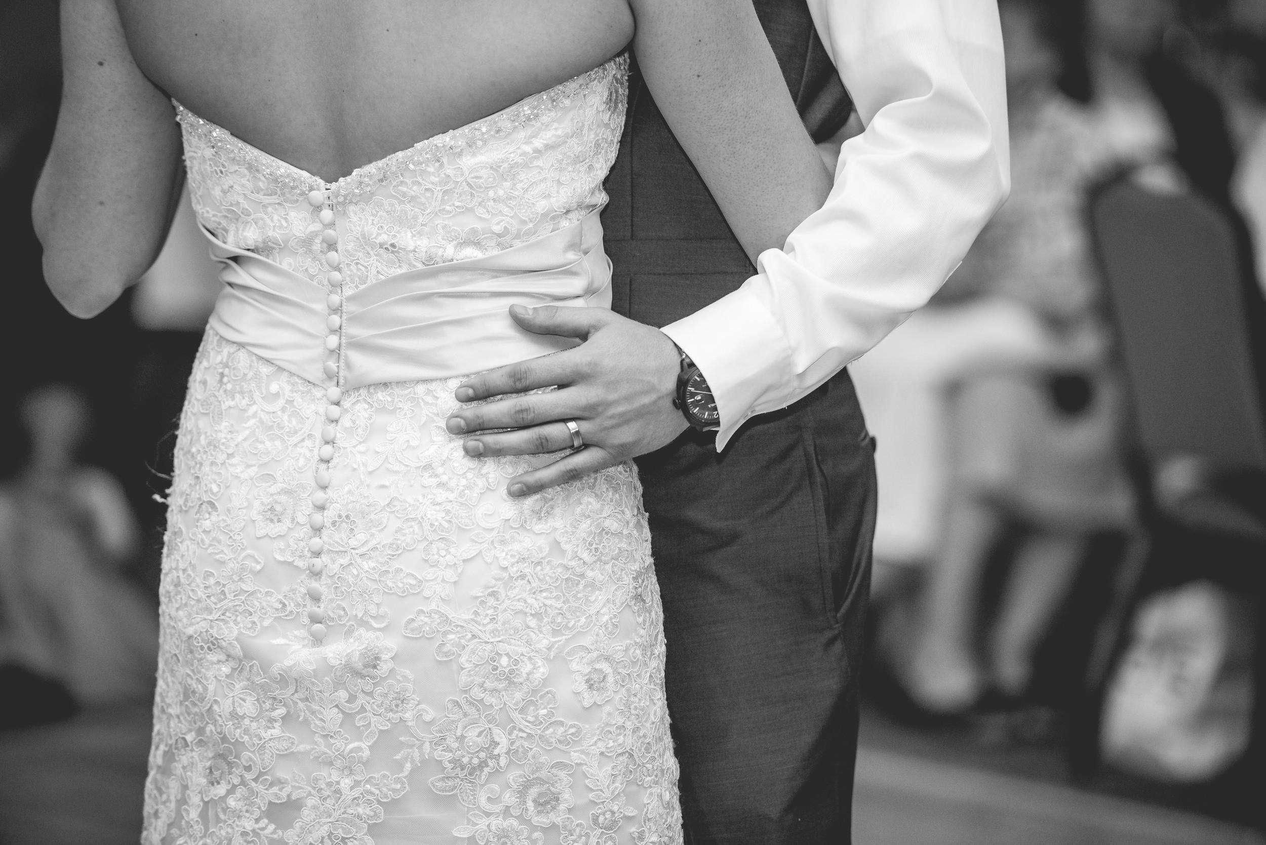 sarasutterphotography_wedding_drewanderin_2015-1611.jpg