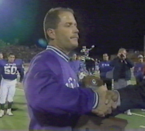 Bob Jacoby accepts the Runner-up trophy