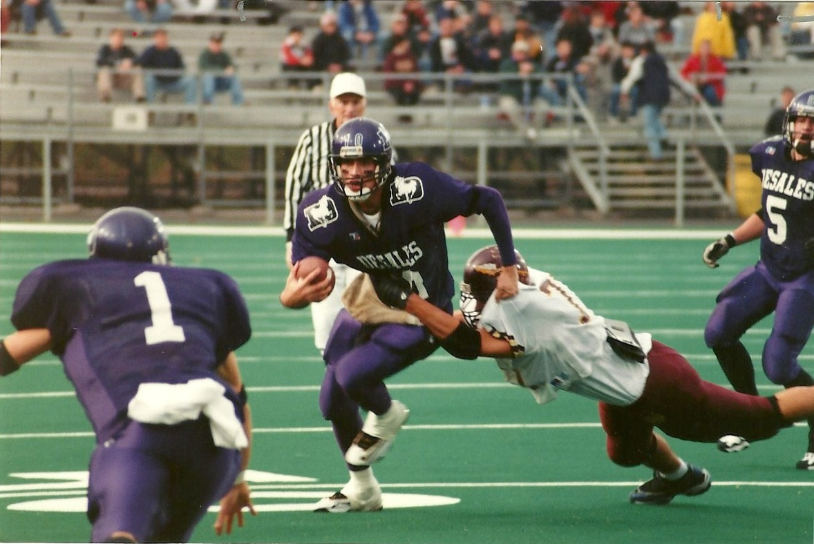 Senior quarterback Aaron Powell