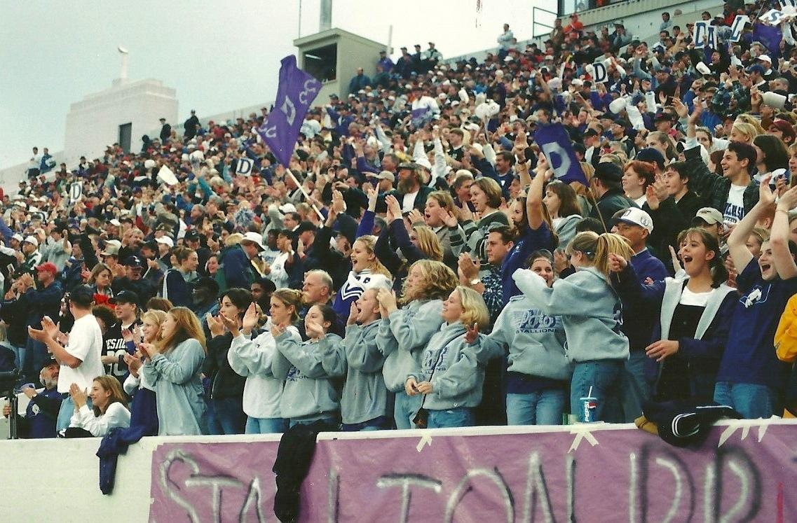 Stallion fans making noise at Fawcett Stadium