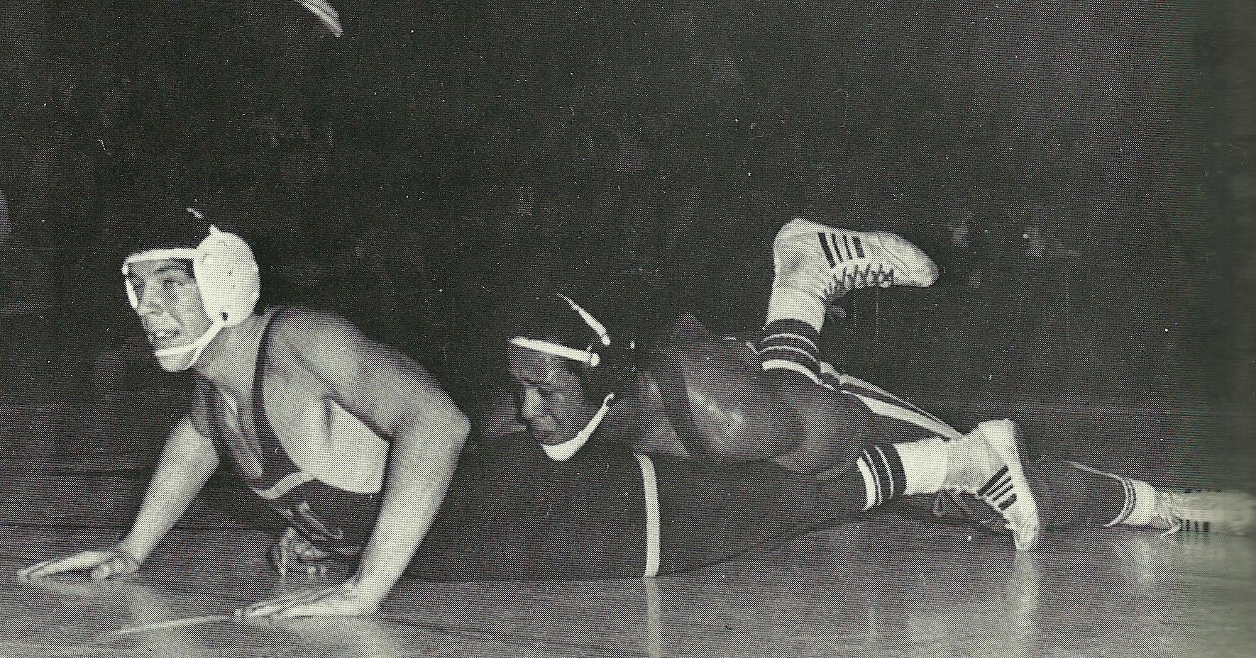 Tony Jenkins rides opponent