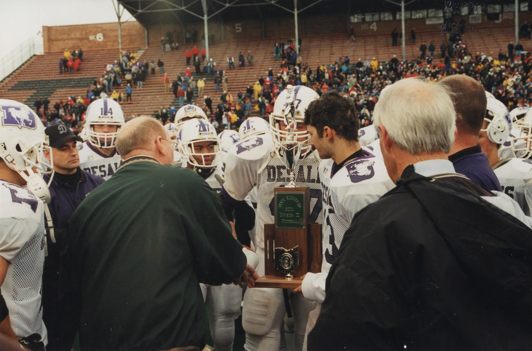 2001 STATE RUNNER-UP  Football