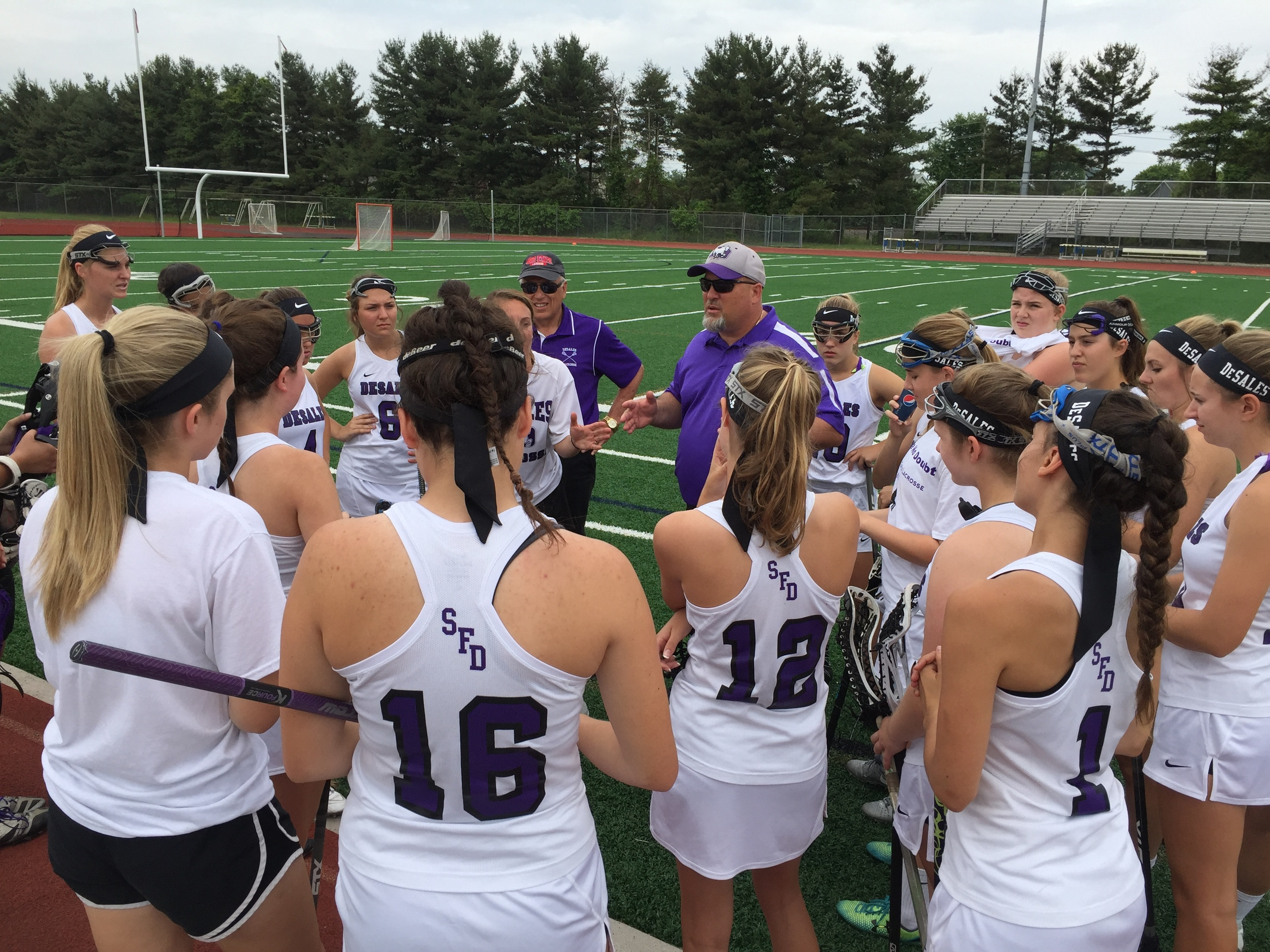 Coach Finotti addresses his team before the DII State Final