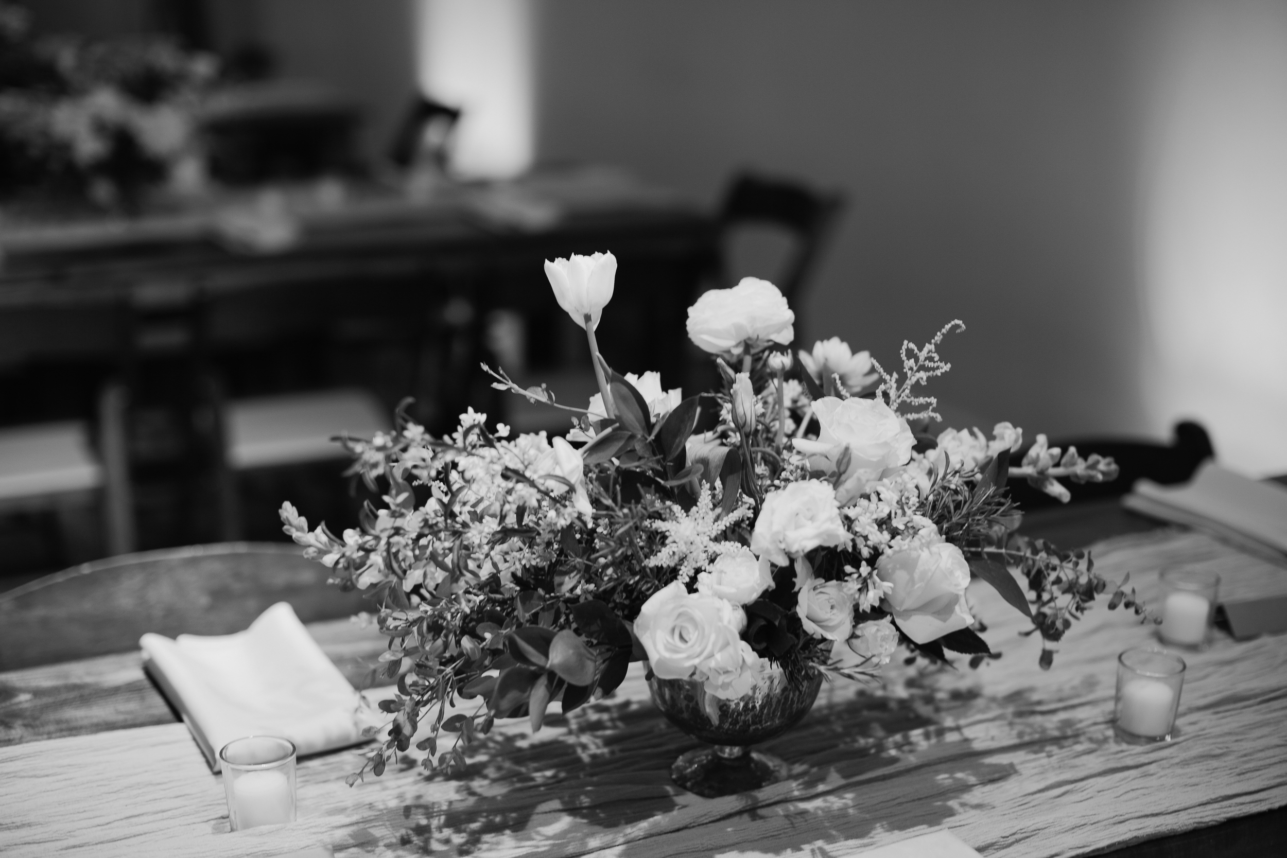 Wedding at Living Arts Museum in Tulsa - eversomething.com
