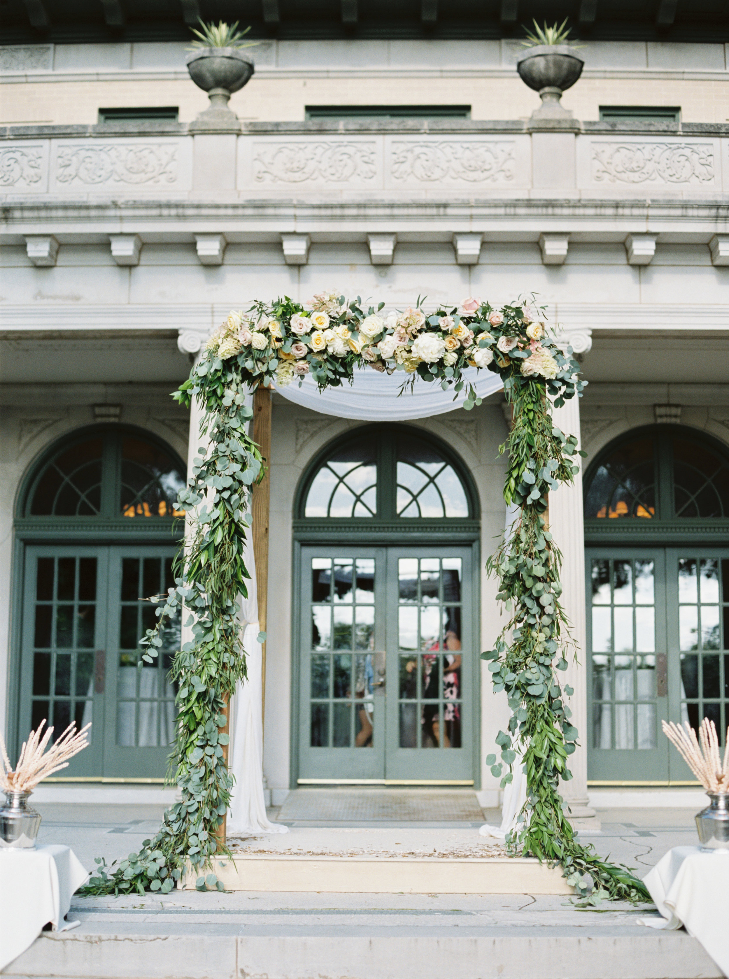Floral Arch - Tulsa Garden Center Wedding - eversomething.com