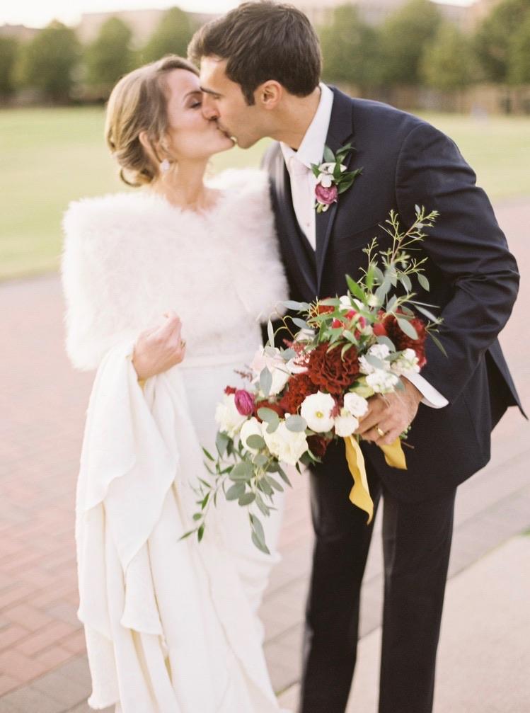 Beautiful Tulsa fall wedding - eversomething.com