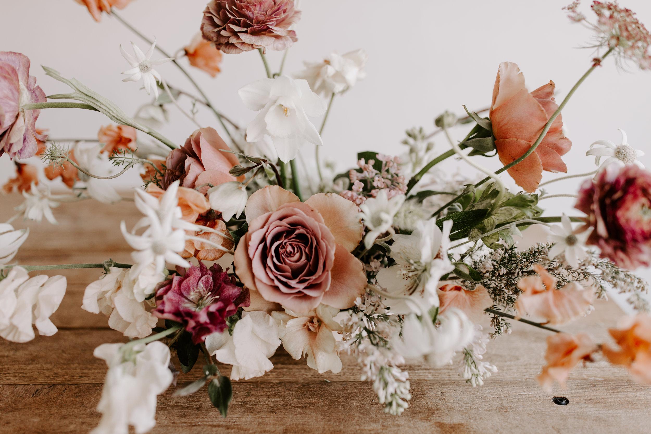 Creative floral arrangement - eversomething.com