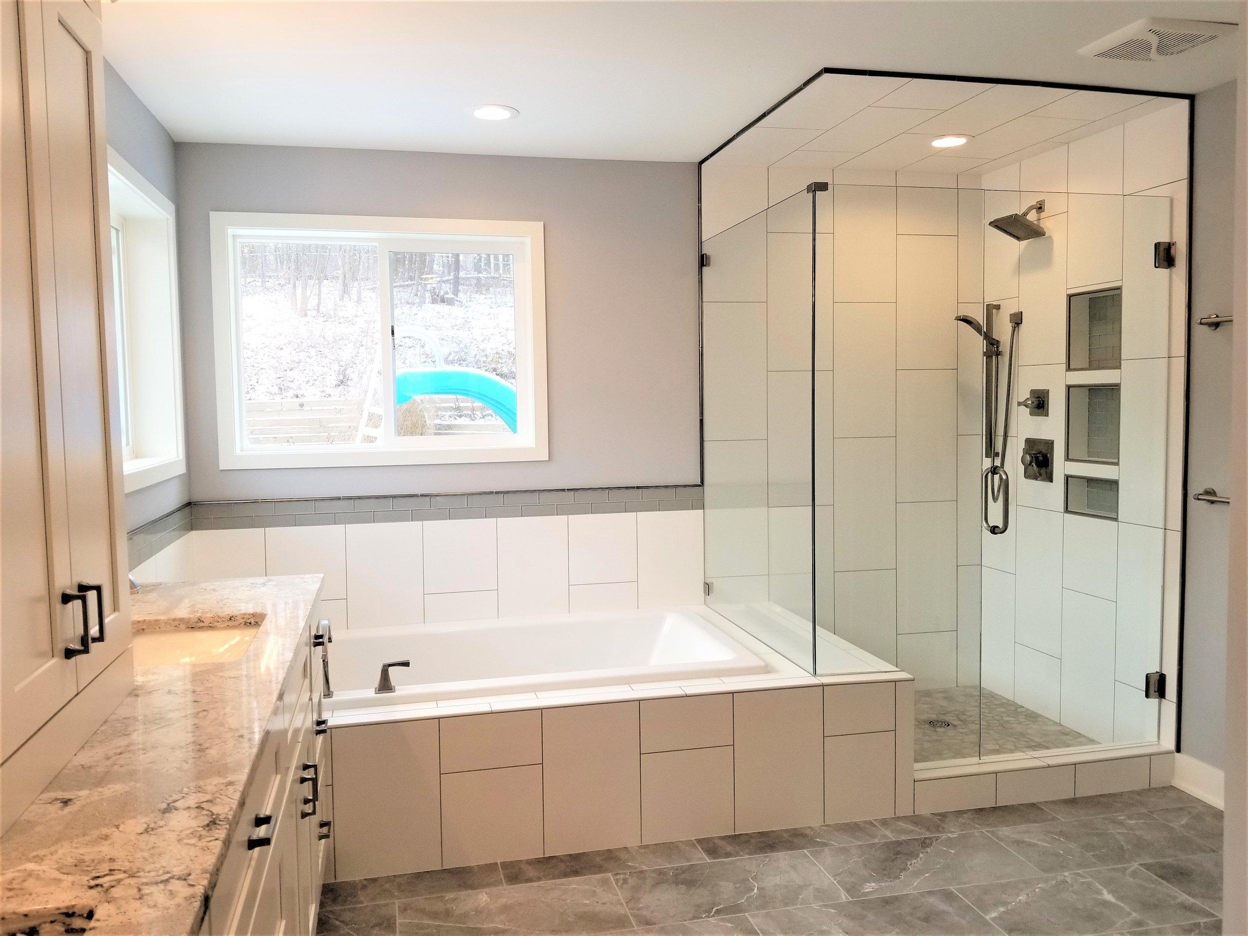 HIldebrand Bathroom 2 (2).jpg