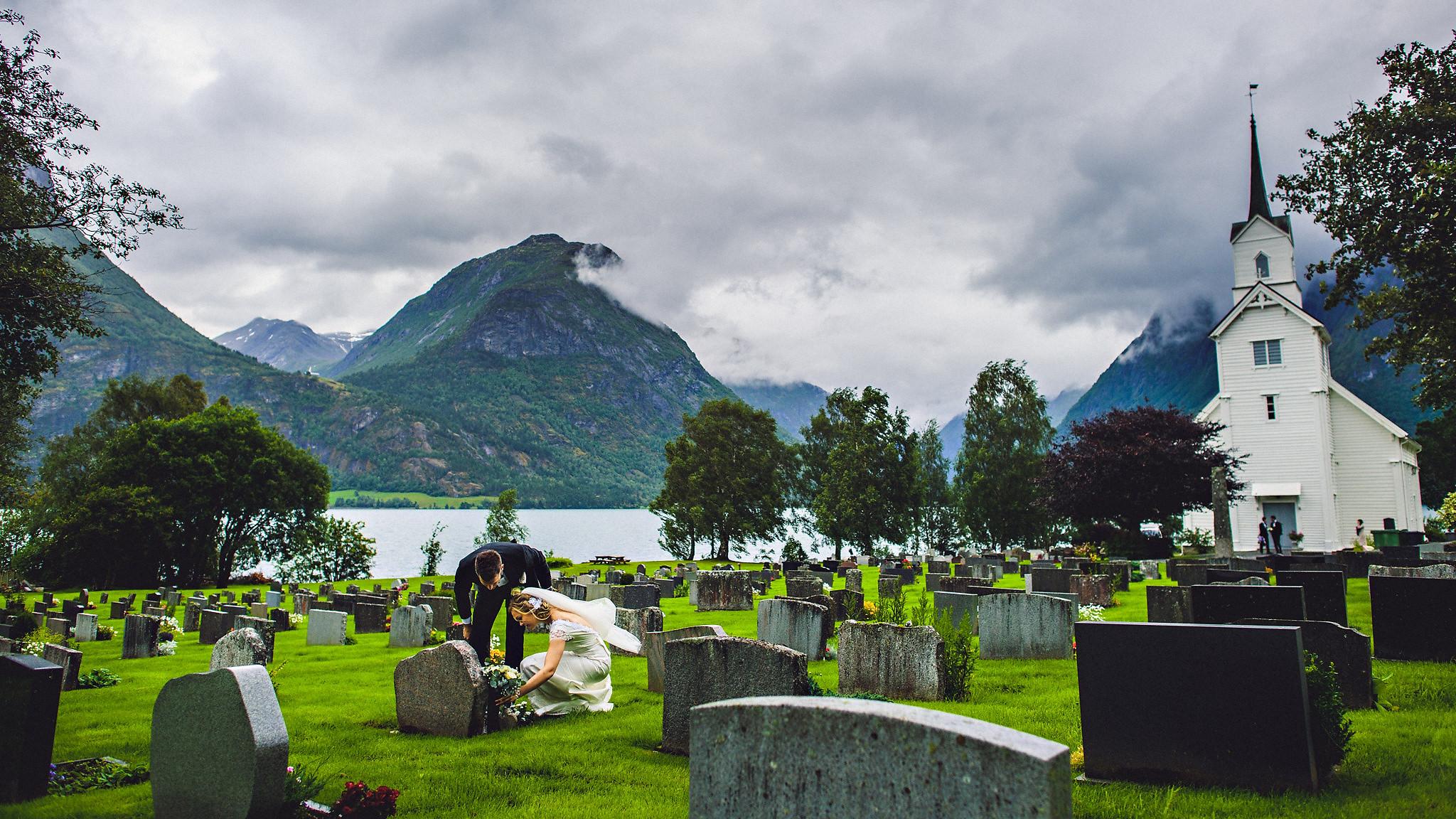 Norway wedding photographer elopement pre wedding Eirik Halvorsen-28.jpg