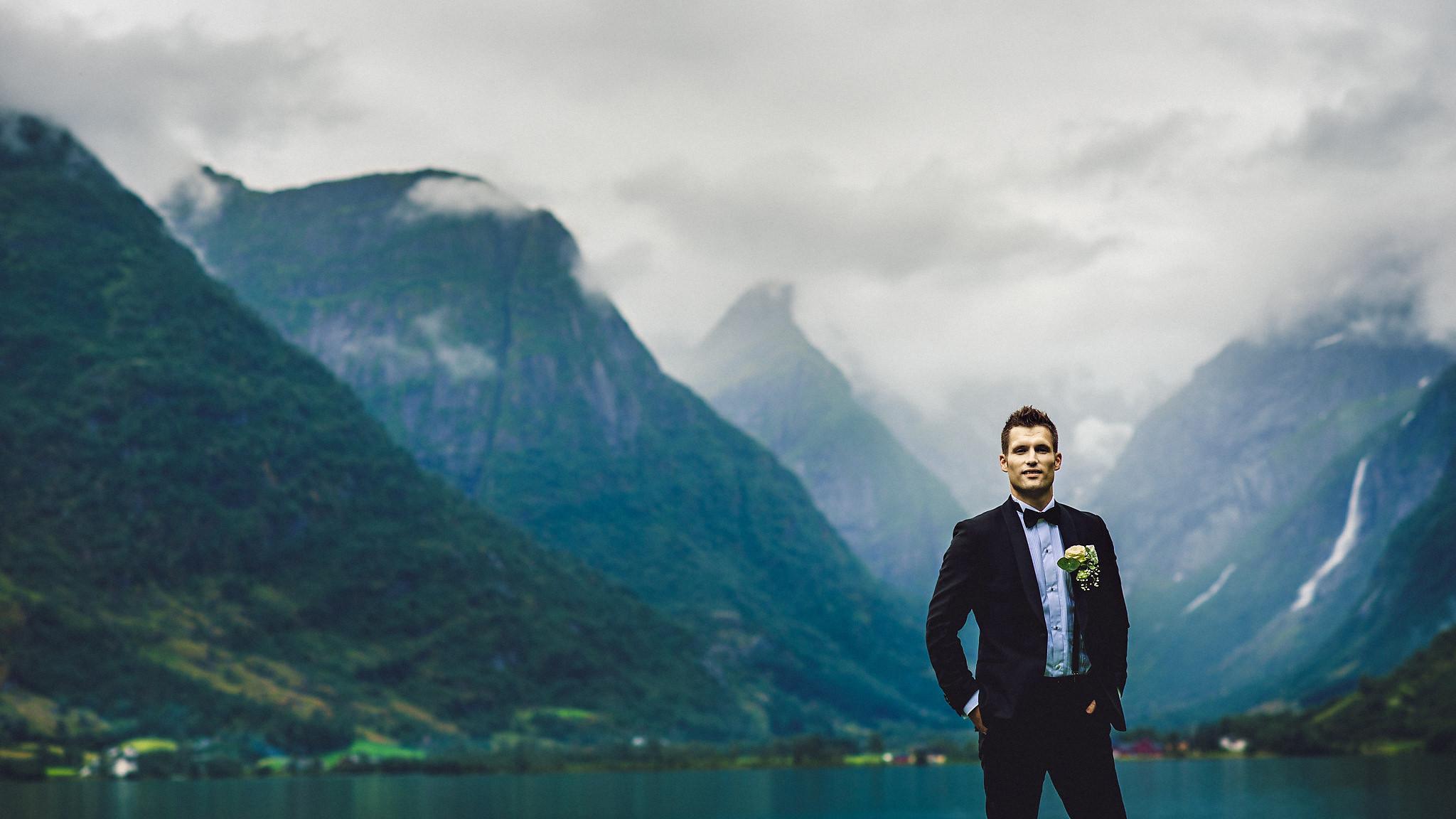 Norway wedding photographer elopement pre wedding Eirik Halvorsen-76.jpg