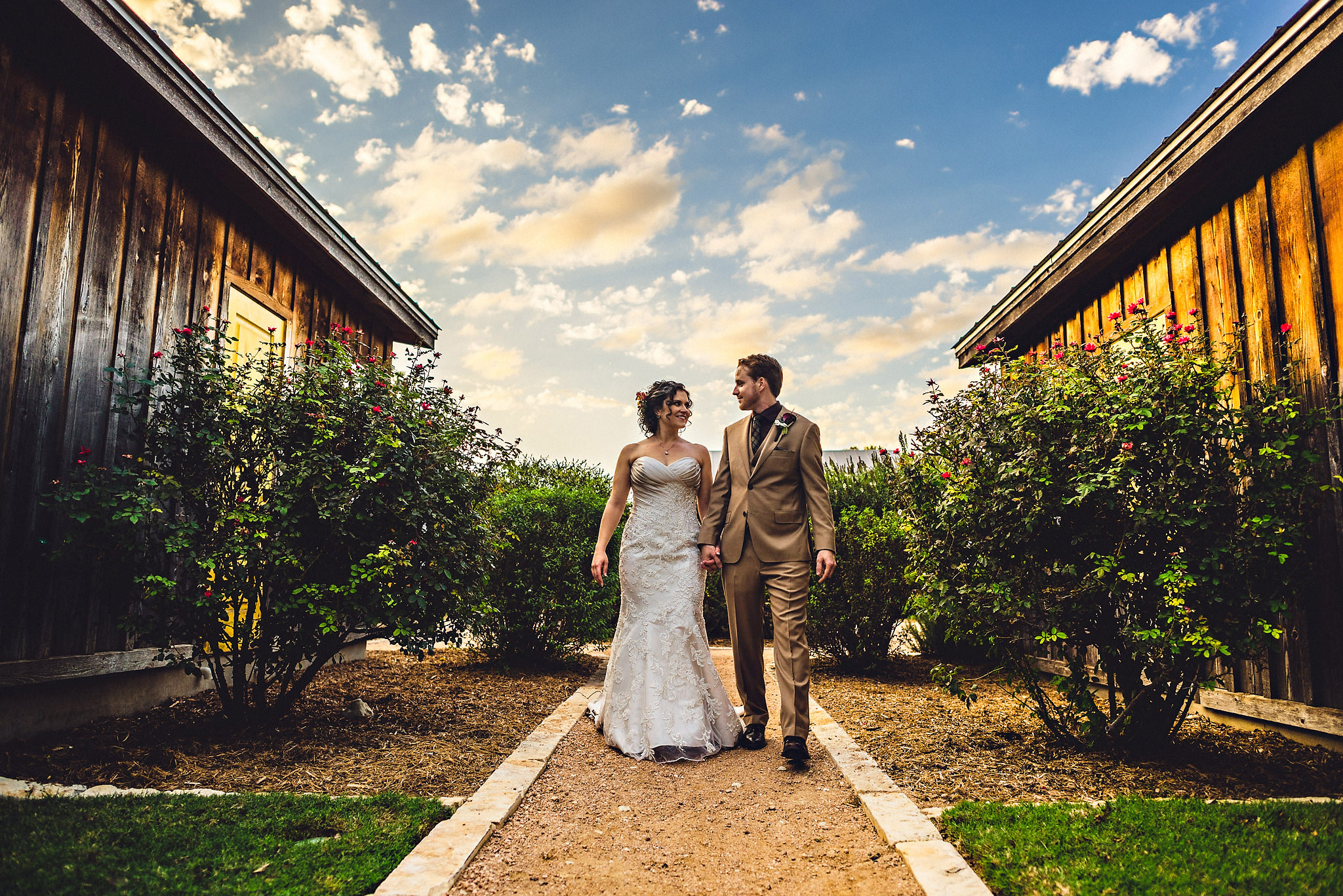 Eirik Halvorsen rustic wedding Fredericksburg Austin Texas wedding photographer-54.jpg