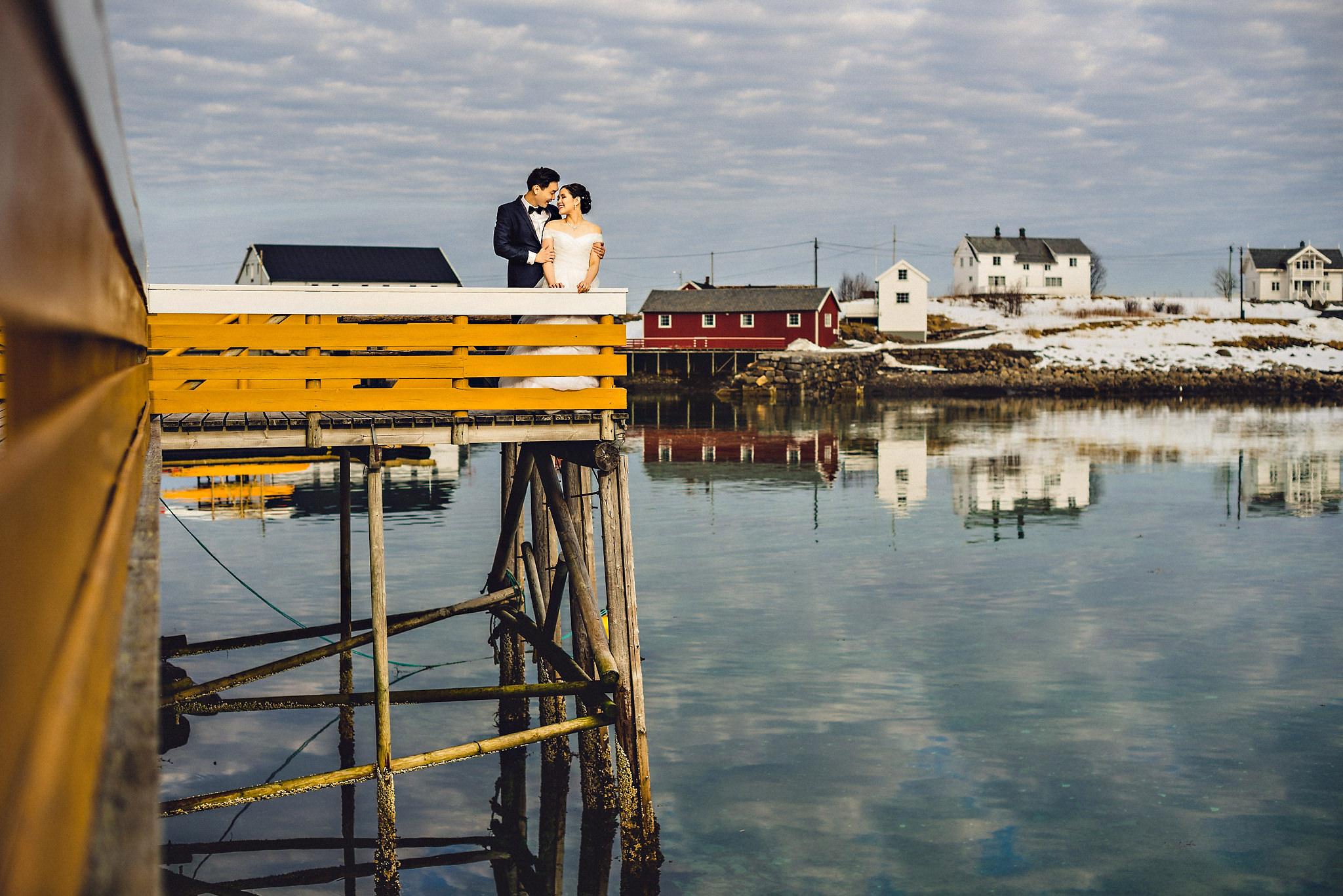 Eirik Halvorsen Gloria and Eugene Lofoten pre wedding-15.jpg