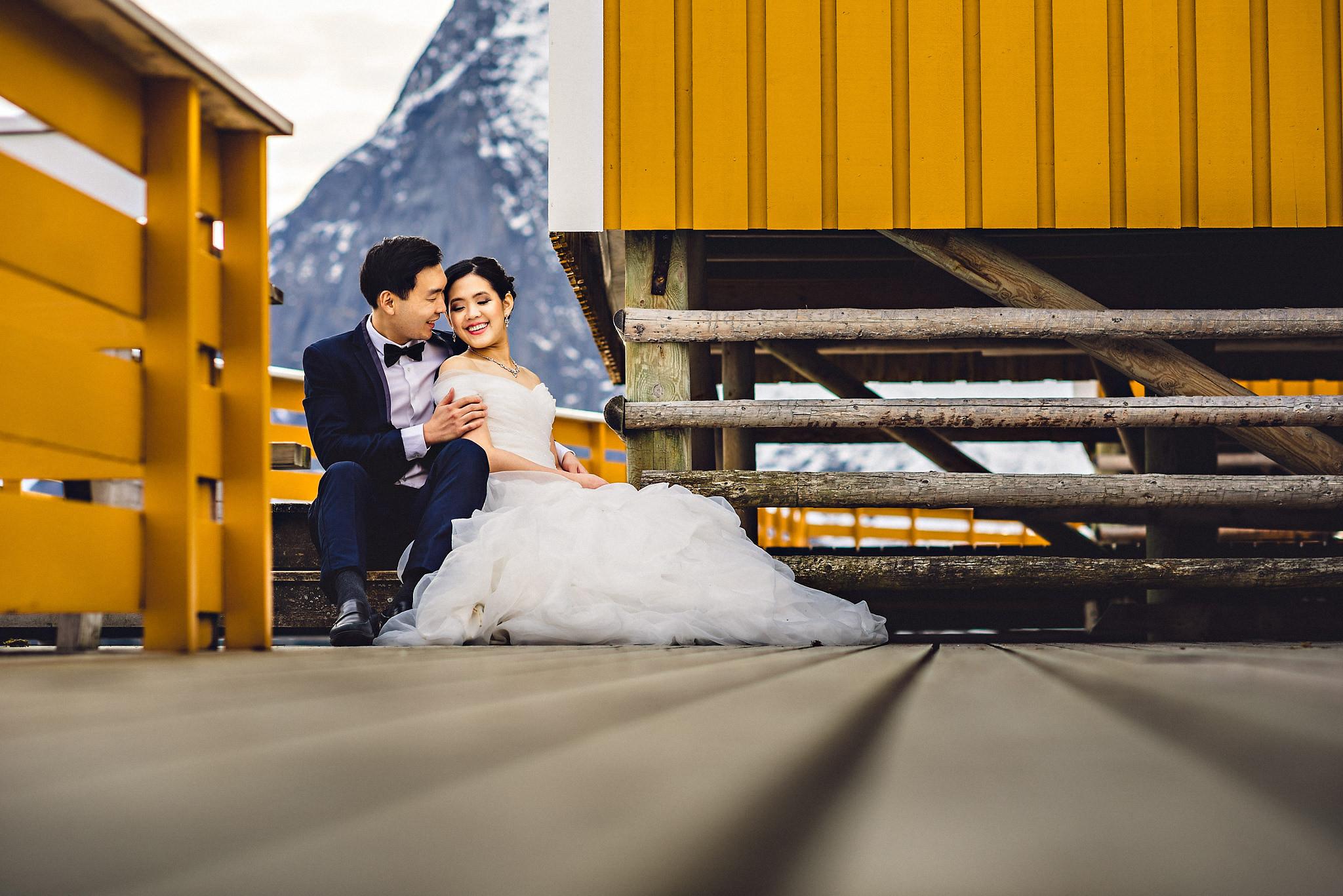 Eirik Halvorsen Gloria and Eugene Lofoten pre wedding-17.jpg