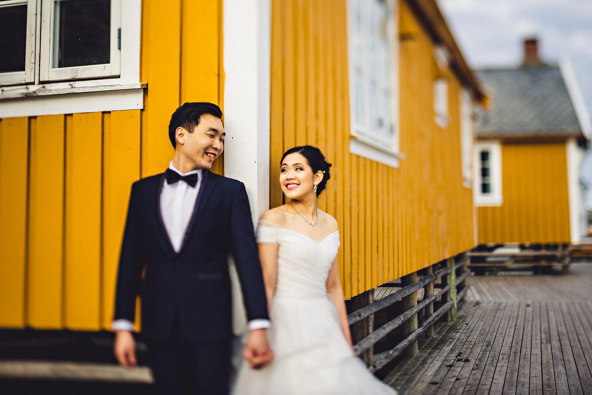 Eirik Halvorsen Gloria and Eugene Lofoten pre wedding-19.jpg