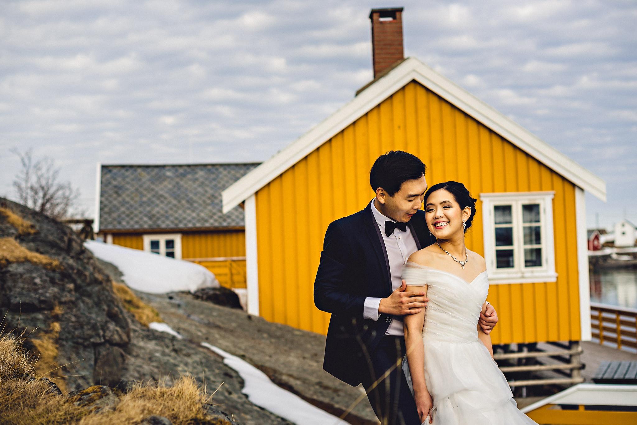 Eirik Halvorsen Gloria and Eugene Lofoten pre wedding-20.jpg