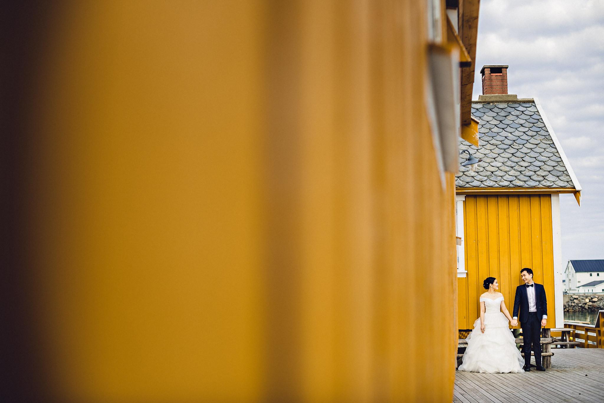 Eirik Halvorsen Gloria and Eugene Lofoten pre wedding-21.jpg