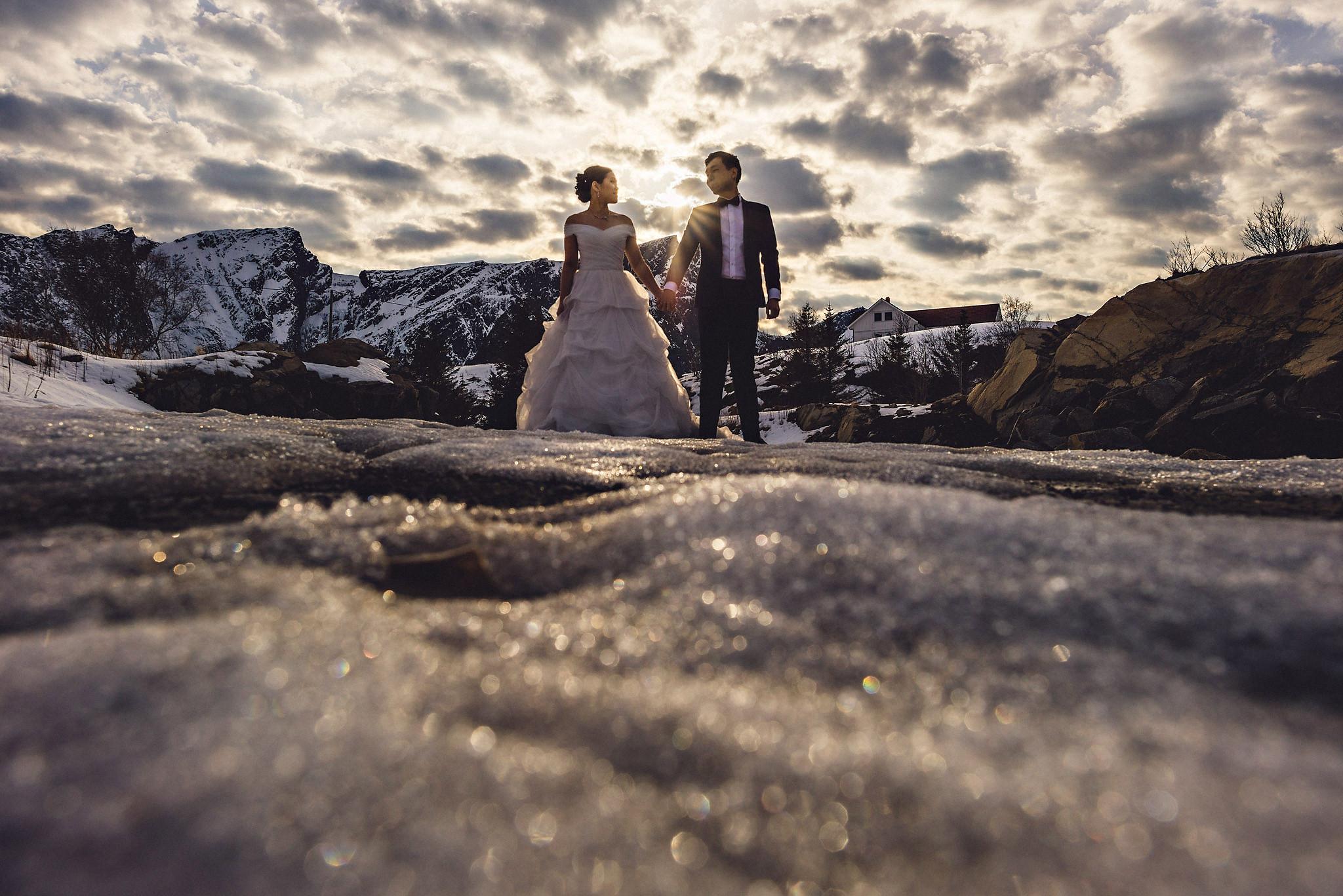 Eirik Halvorsen Gloria and Eugene Lofoten pre wedding-26.jpg