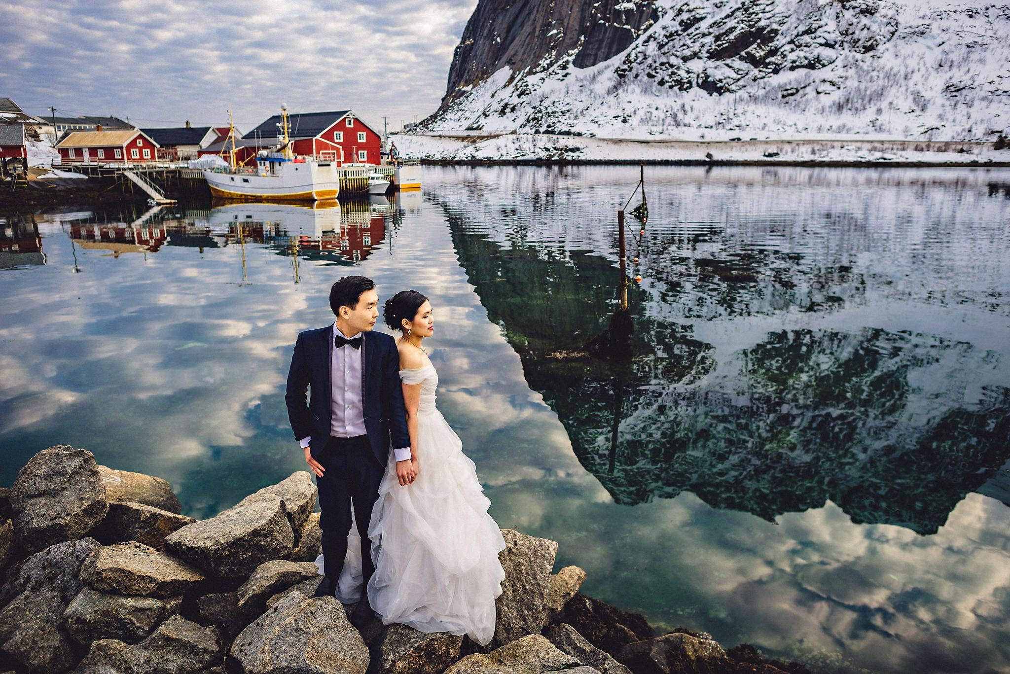 Eirik Halvorsen Gloria and Eugene Lofoten pre wedding-33.jpg