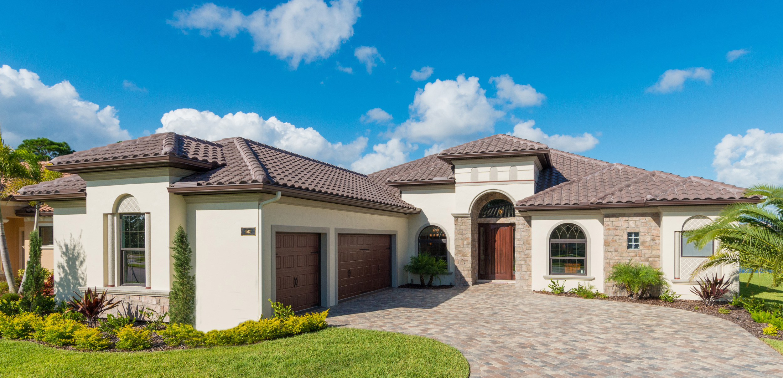 Click here for a virtual tour  of the luxurious Villa Verde in Tralee Bay Estates! 4 Bedroom 3 Bath 3 Car Garage