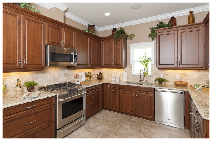 model+shannon+kitchen+2.jpg