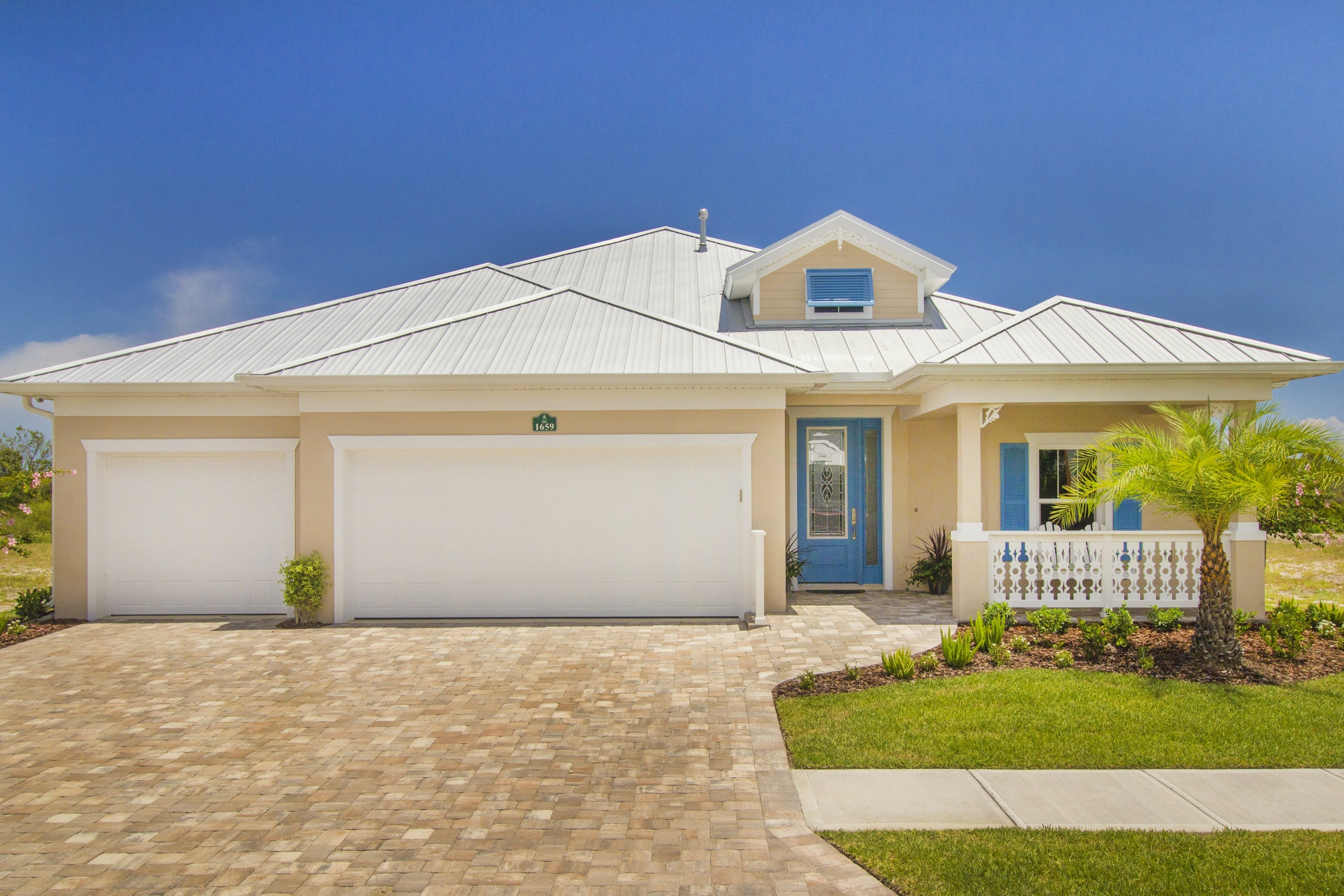 The Abacos - 4 bedroom, 3 bathroom, 3 car garage2,401 sq. ft. under air / 3,500 sq. ft. totalView FloorplanView Virtual Tour