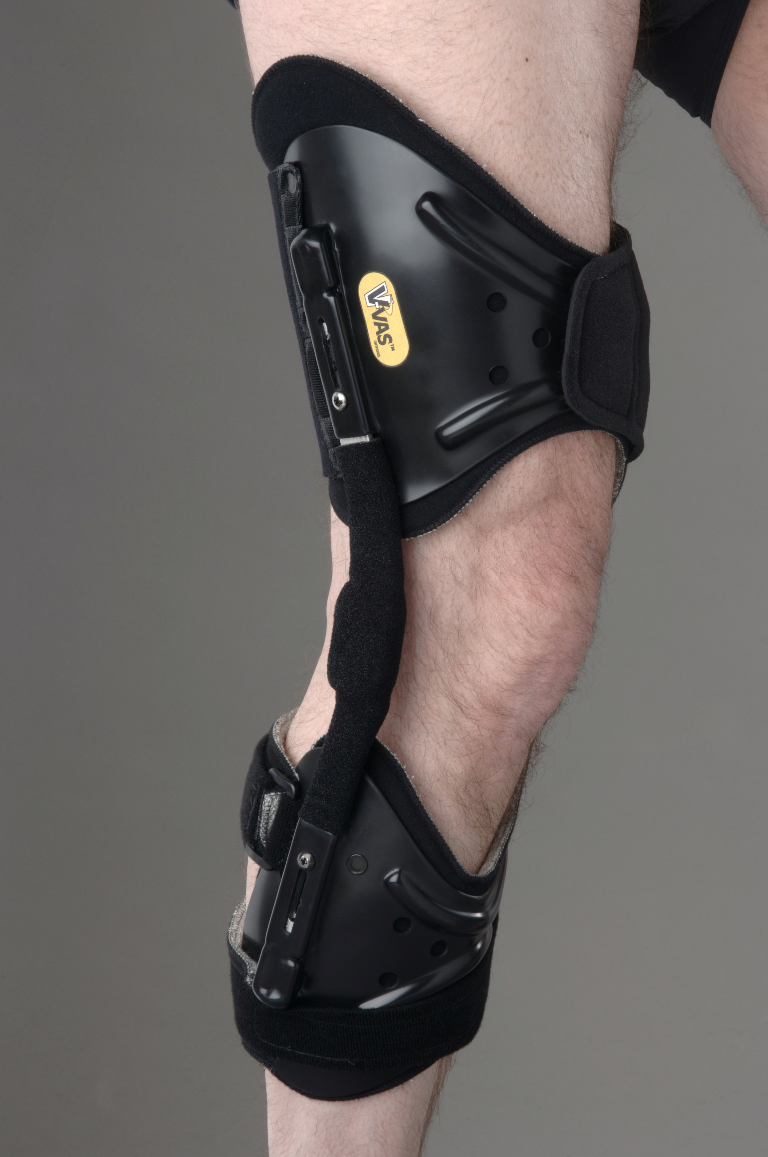 The V-VAS knee orthosis for single compartment osteoarthritis