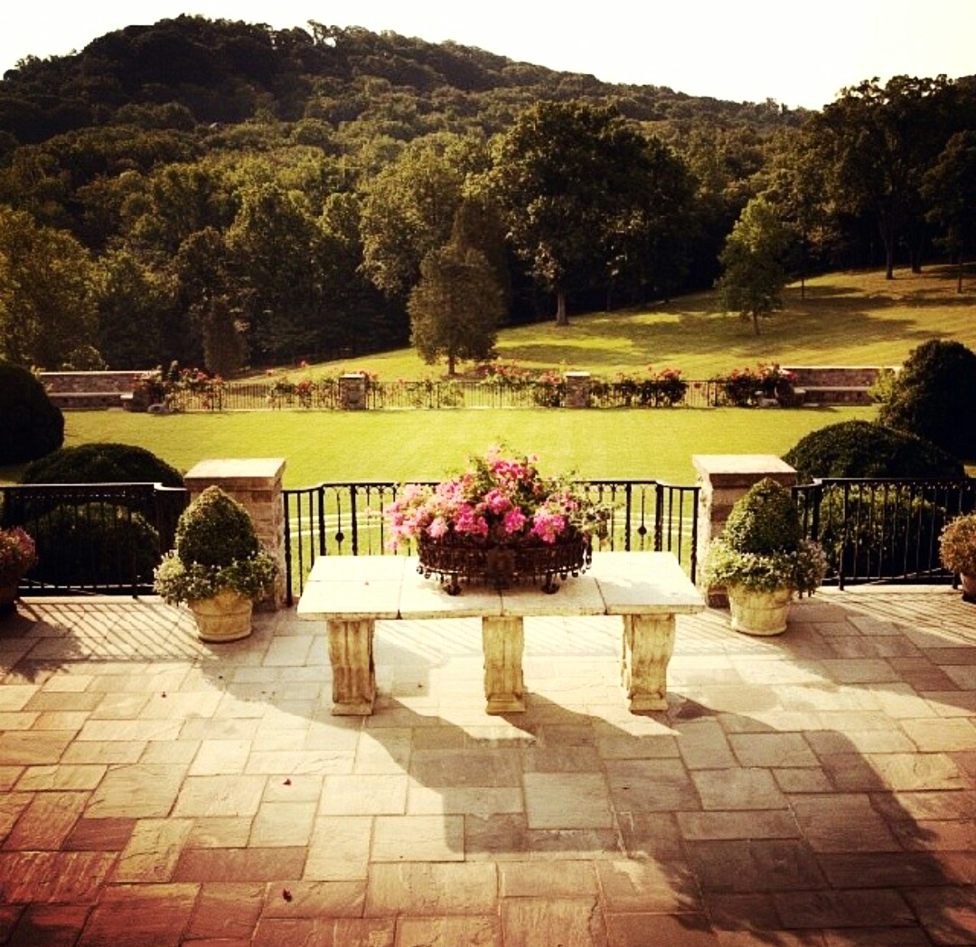 An outdoor venue! Love this one