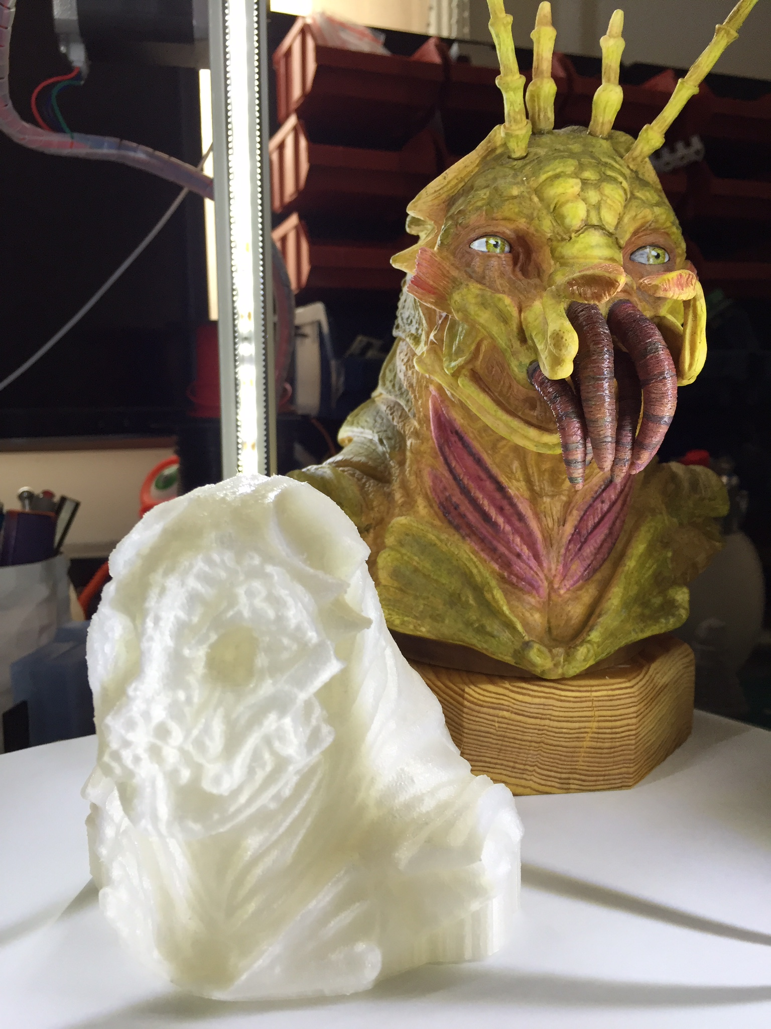 Clay Marquette modeling inspired by the film District 9 by my brother - Andrew Lee   https://www.facebook.com/pages/Art-of-Lee    This copy was scanned using Autodesk's 123d Catch and 3D printed on a Rep-Rap Kossel. 0.1mm layer height (100 micron). Total print time 9.5hrs