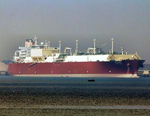 Figure 16. The Bu Samra passing through the Suez Canal.