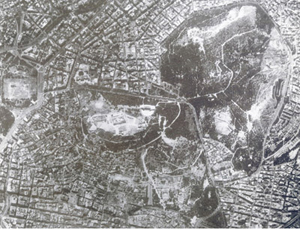 Figure 1. Aerial view of site showing Pikionis' pathways weaving through the Acropolis and the Philoppapou Hill (to the south-east of the Acropolis)
