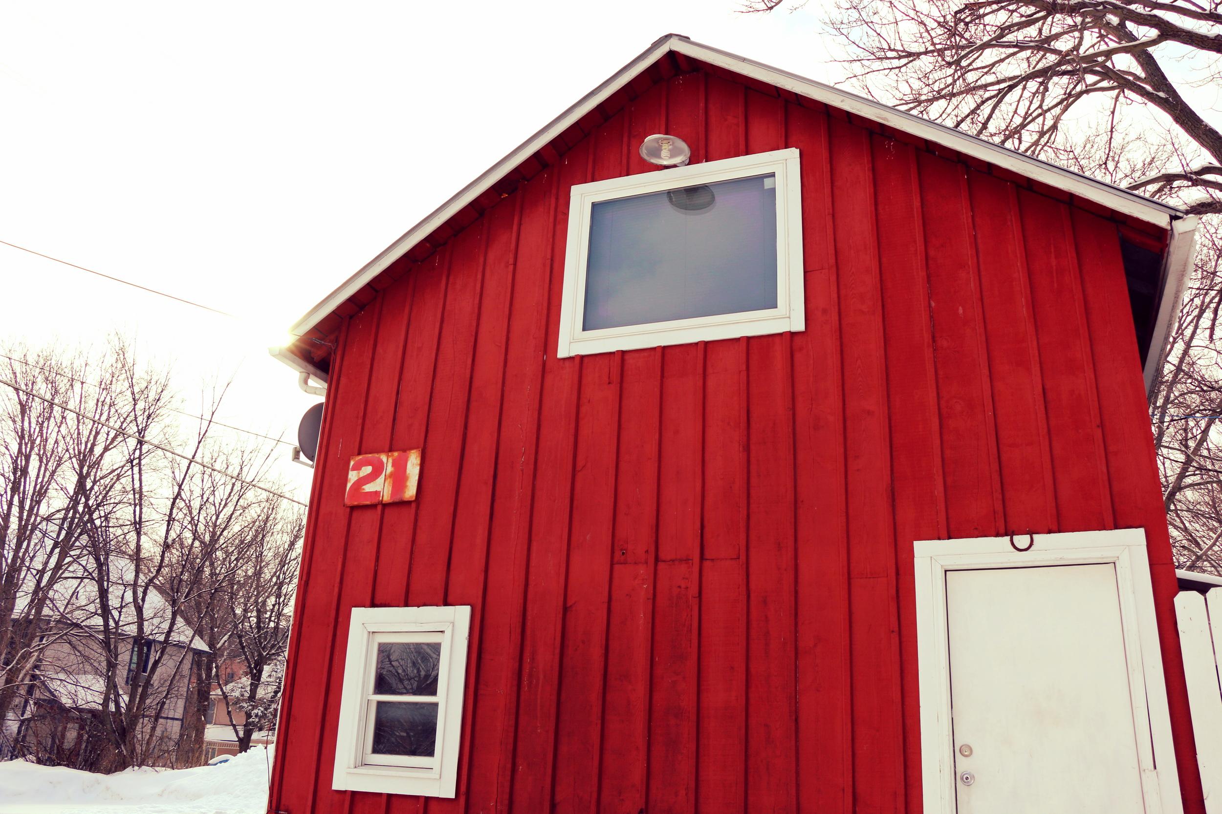 STUDIO LOCATION: 21 N Van Buren St., in the red barn between Iowa Ave. & Jefferson St.