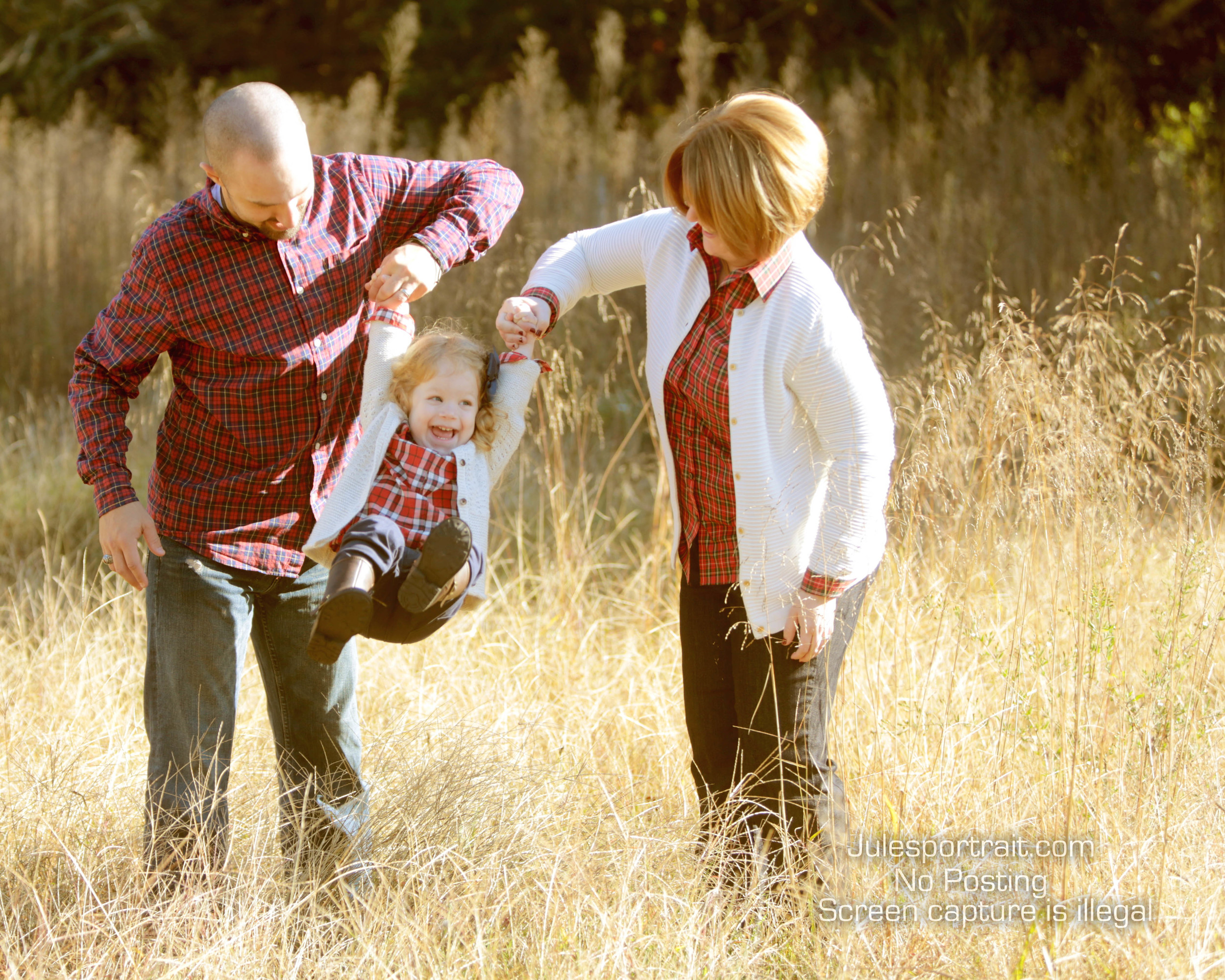 Fall family pictures are a great way to remember how wonderful your life is!