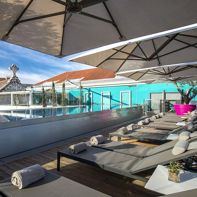 For those attending the upcoming #Cannes2018 #FilmFestival, and for those of us who love a #summervacation on the #FrenchRiviera, Baroque Travel reveals one of this jet set resort's best-kept secrets, the Five Seas Hotel Cannes!  #fiveseashotel #cannes #frenchriviera #cannesisyours #mediterranean #rooftop #poolview #pool #beautifuldestinations #designhotel #fivestar #fivestarhotel #bestintravel #travelingtheworld #lovetheworld #luxury #luxurylifestyle #infinitypool #boutiquehotel #beautifulhotels #design #summer #baroquelifestyle