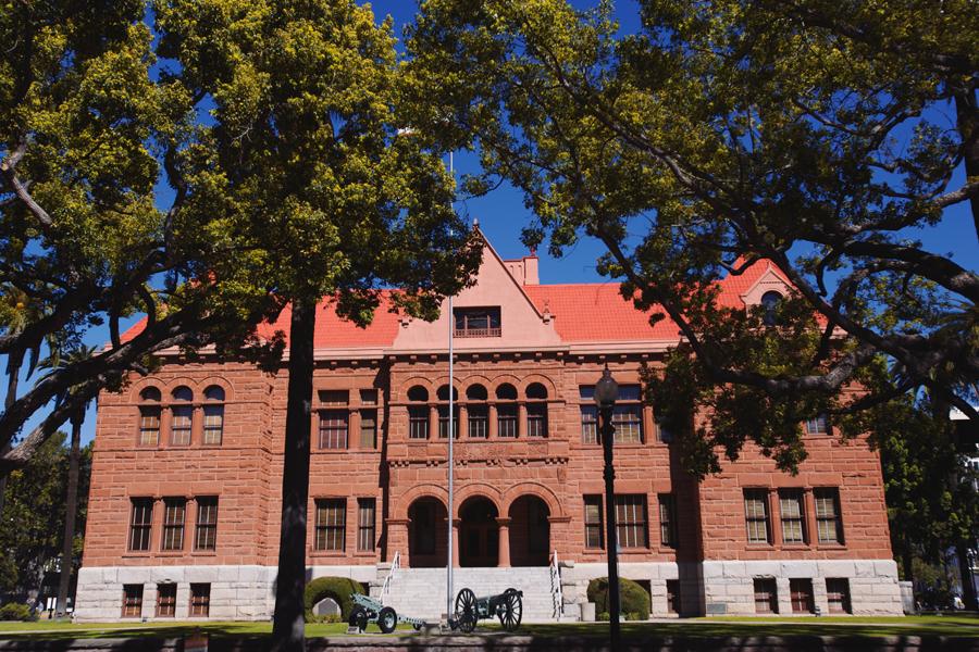 old_orange_county_courthouse_wedding001.jpg