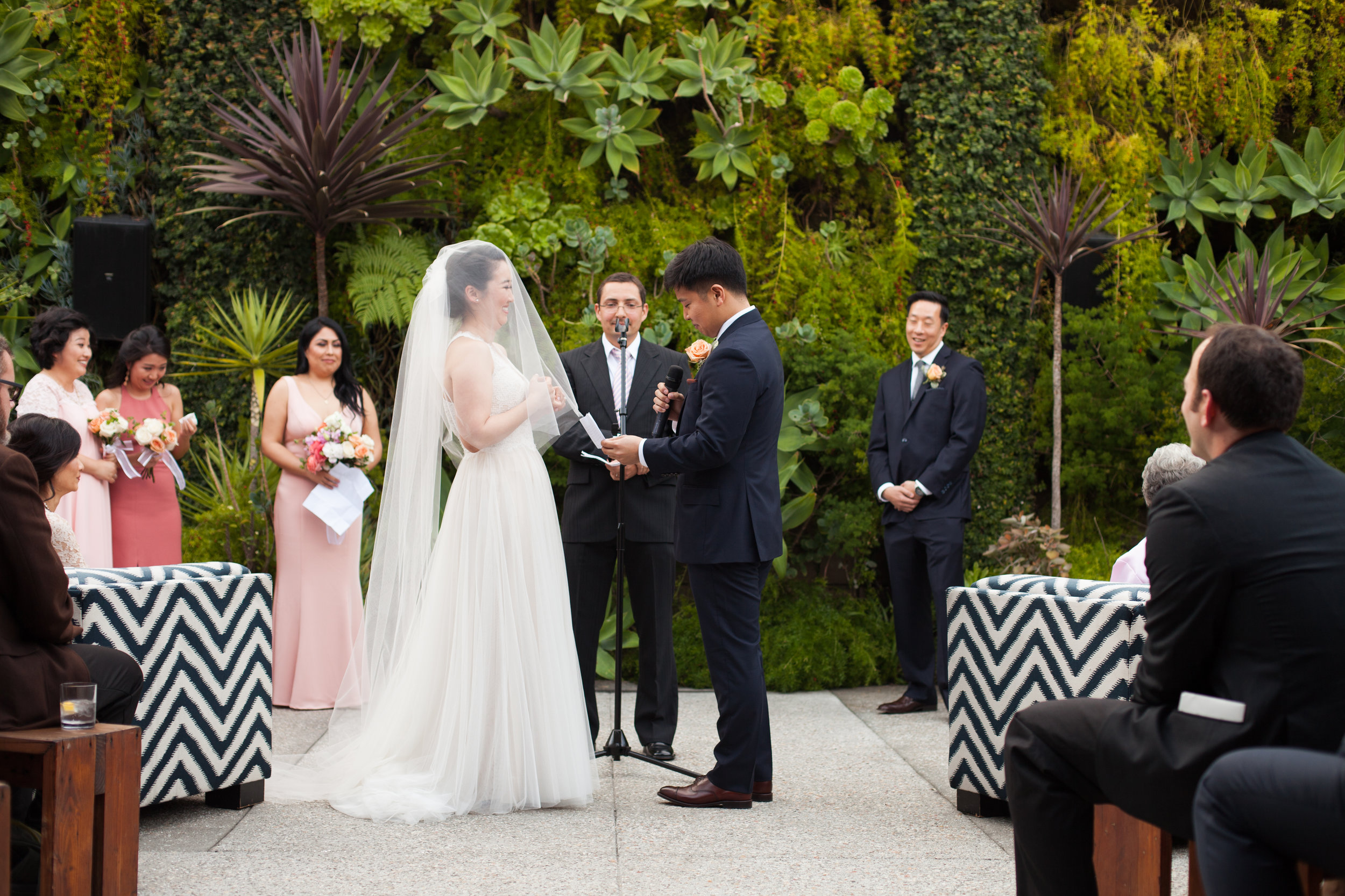 wedding-smog-shoppe-ceremony