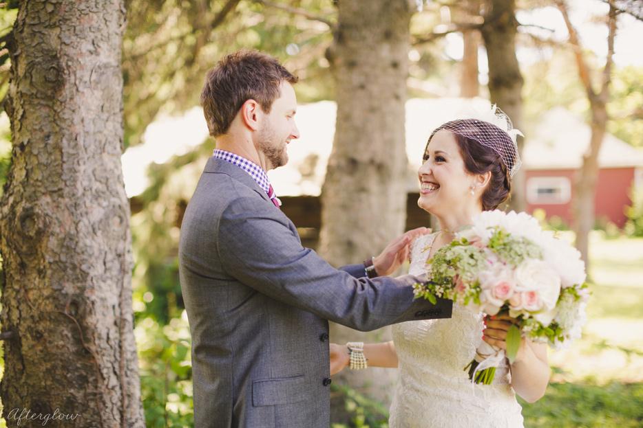 Afterglow_ShelbyAdam_Ravine_Vineyard_Wedding_Photography_Niagara020.jpg