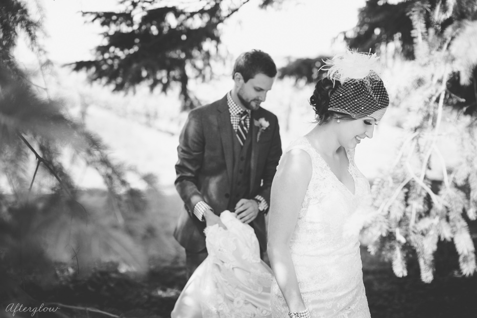 Afterglow_ShelbyAdam_Ravine_Vineyard_Wedding_Photography_Niagara029.jpg