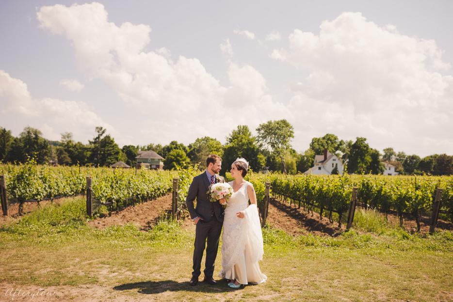 Afterglow_ShelbyAdam_Ravine_Vineyard_Wedding_Photography_Niagara055.jpg
