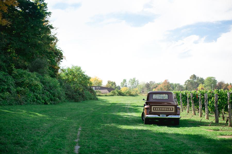 Jordan_Ontario_Wedding_Photography_Niagara_Wedding_Photography_Cave_Springs_Wedding_-16.jpg