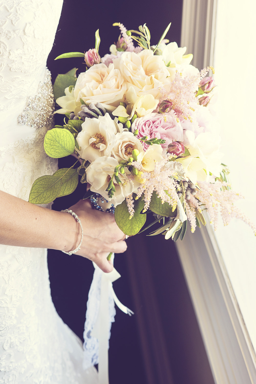 Niagara-Wedding-Stephanie-Evan-Chateau-Des-Charmes-vineyard-photography-by-Renaissance-Studio-Photography-0022.JPG