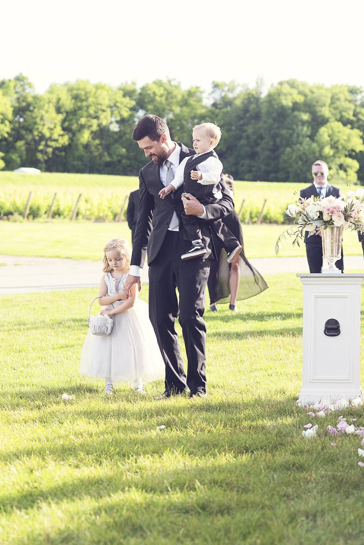 Niagara-Wedding-Stephanie-Evan-Chateau-Des-Charmes-vineyard-photography-by-Renaissance-Studio-Photography-0024.JPG