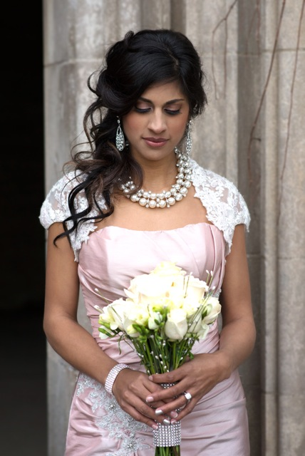 Honor Beauty, Vineyard Bride, The Swish List, Wedding Hair and Makeup, Niagara Hair and Makeup,
