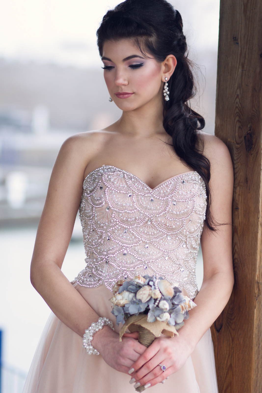 Honor Beauty, Vineyard Bride, The Swish List, Bridal Makeup, Wedding Hair and Makeup, Niagara Hair and Makeup,