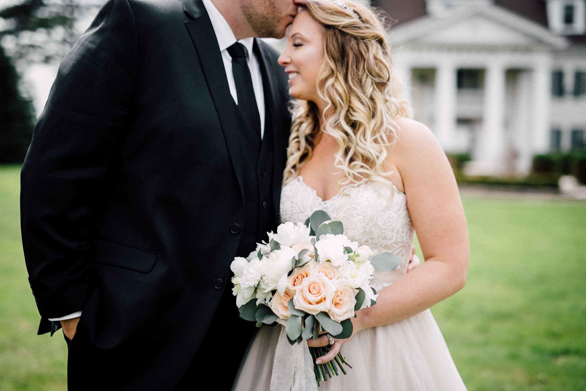 Queens-Landing-Niagara-on-the-Lake-Wedding-photography-by-Simply-Lace-042.JPG
