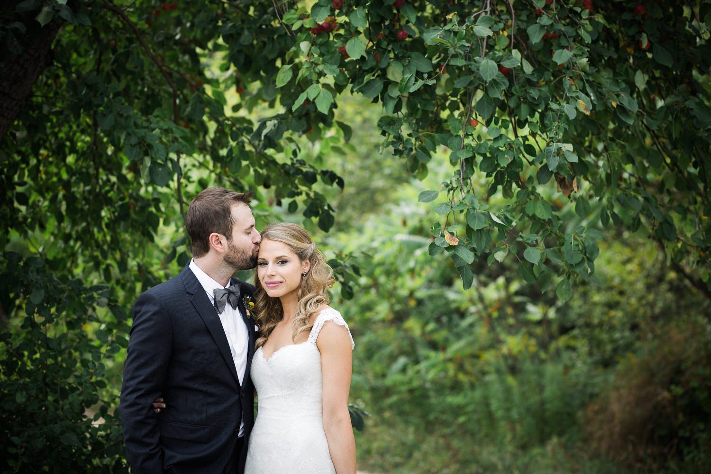 Ravine-Vineyard-Niagara-on-the-Lake-Wedding-photography-by-Danijela-Pruginic-004.JPG