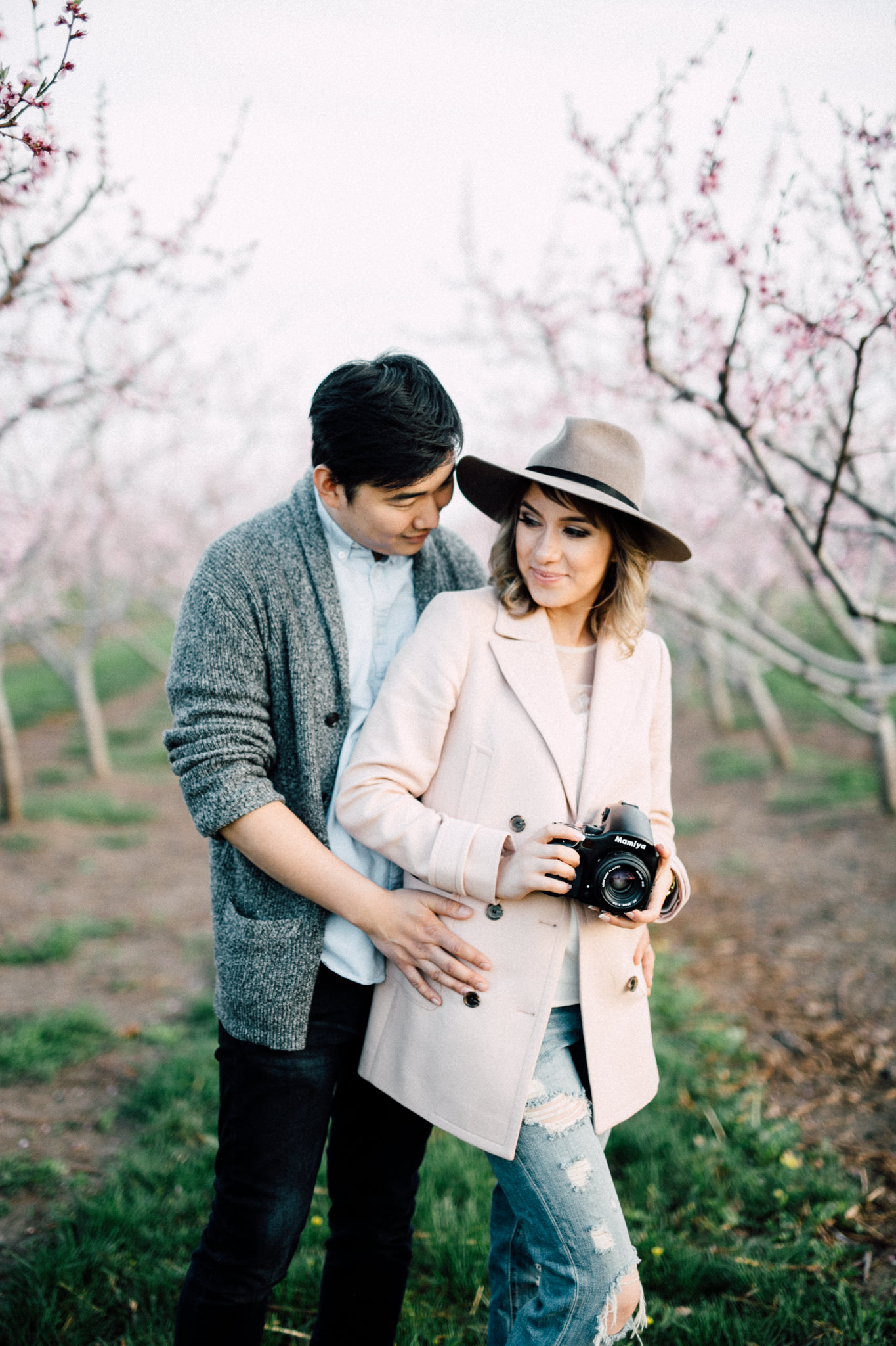 Niagara-Portrait-Session-Niagara-On-The-Lake-Cherry-Blossoms-photography-by-Simply-Lace-Photography-009.JPG