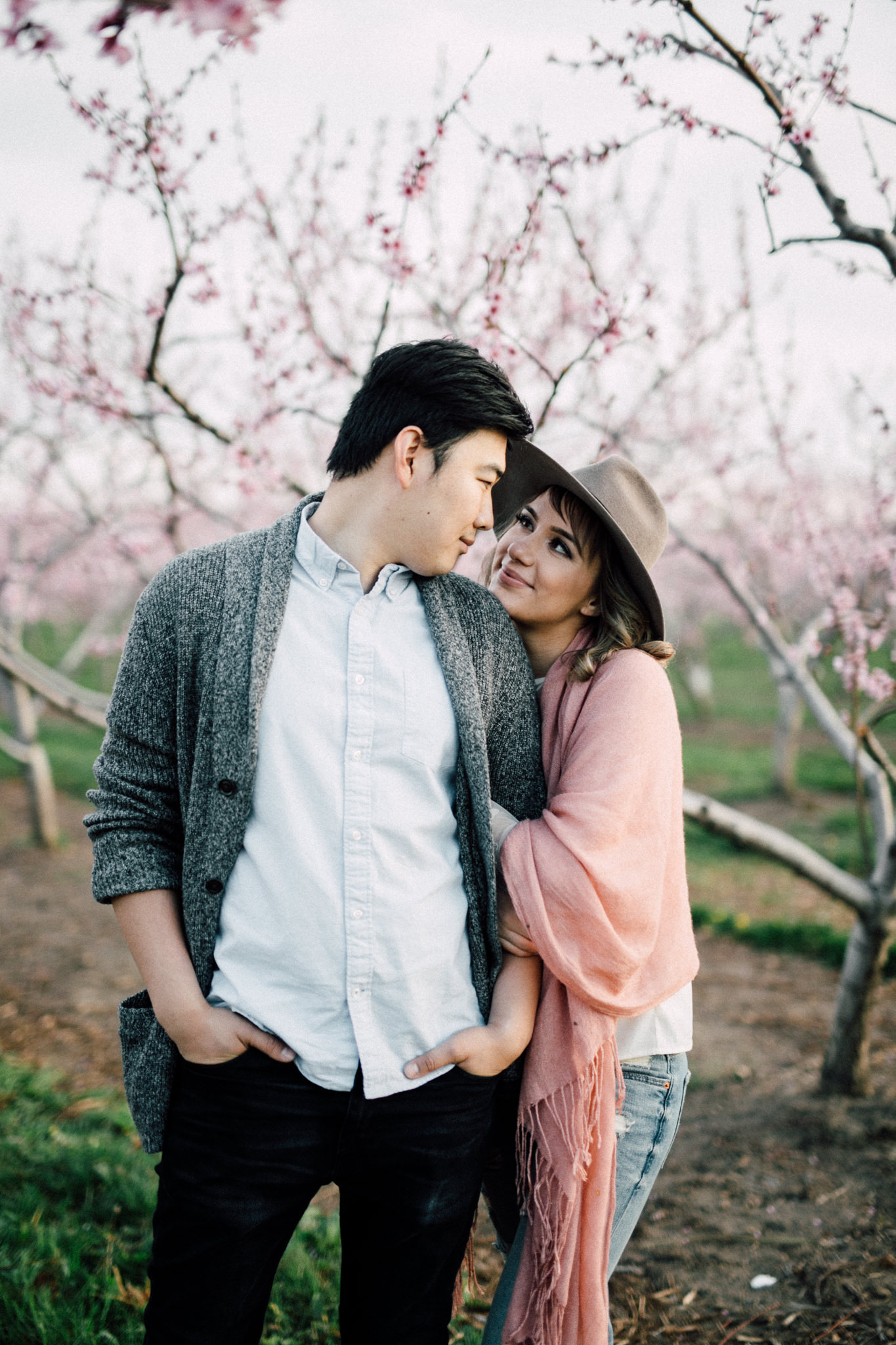 Niagara-Portrait-Session-Niagara-On-The-Lake-Cherry-Blossoms-photography-by-Simply-Lace-Photography-027.JPG