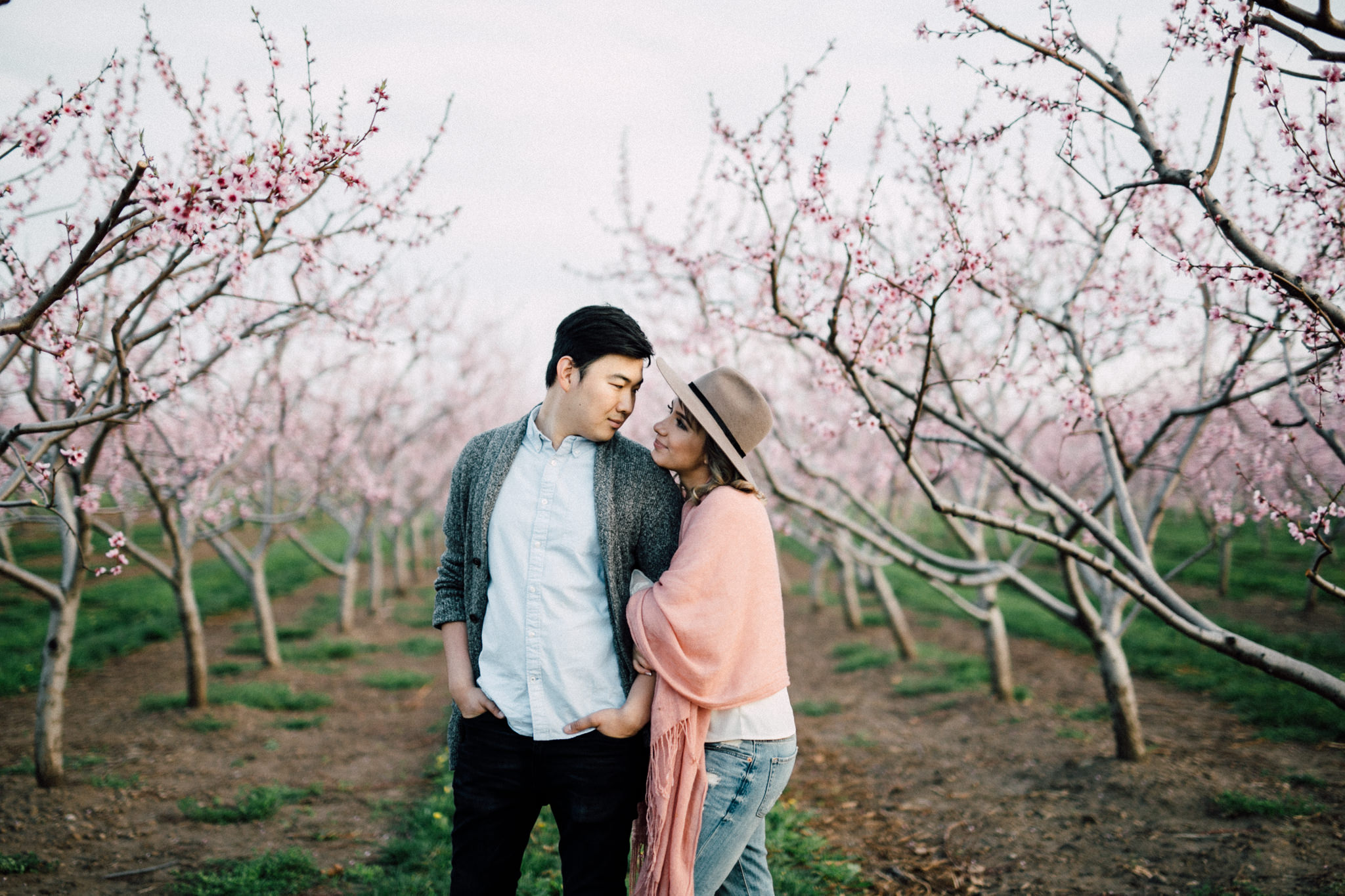 Niagara-Portrait-Session-Niagara-On-The-Lake-Cherry-Blossoms-photography-by-Simply-Lace-Photography-025.JPG