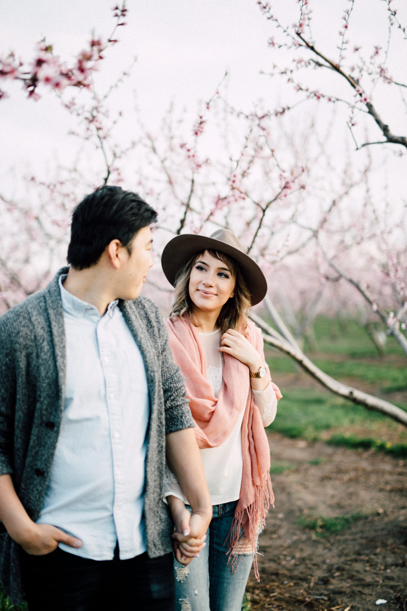 Niagara-Portrait-Session-Niagara-On-The-Lake-Cherry-Blossoms-photography-by-Simply-Lace-Photography-038.JPG