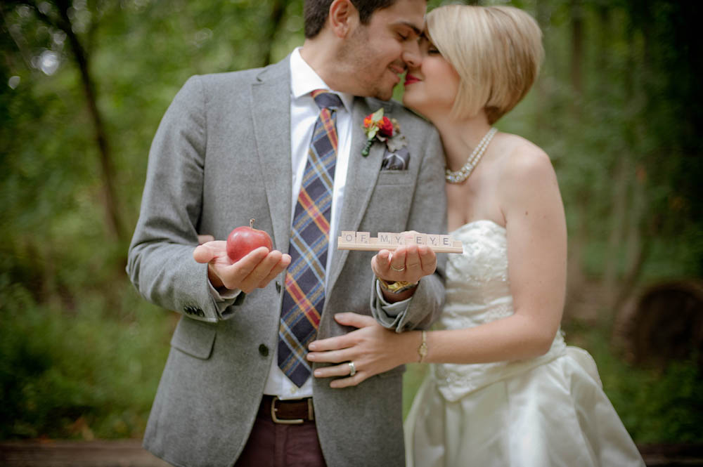 Niagara-Editorial-Vineyard-Bride-photo-by-Sugar-Photo-Studios-0023.JPG